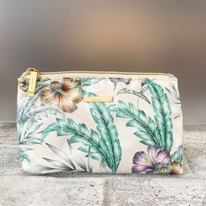 Kestrel Makeup Bag